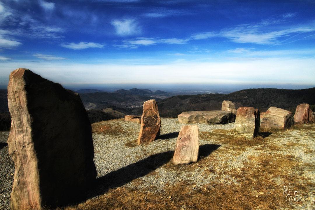Kaltenbronn: Stonehenge mit Weitblick